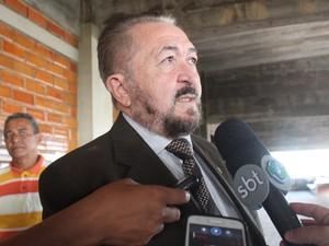 Desembargador Edvaldo Moura explicou sobre sessão fechada (Foto: Catarina Costa/G1 PI)