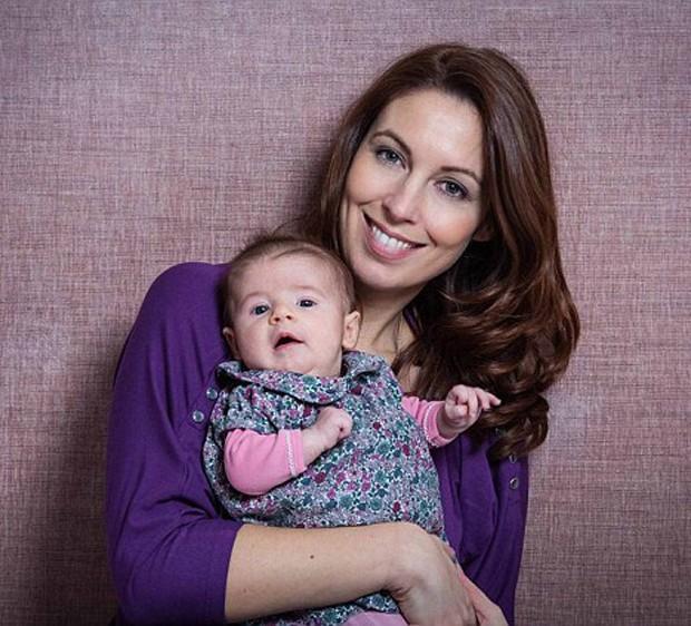 Emma e Mary, aos três meses (Foto: Reprodução)