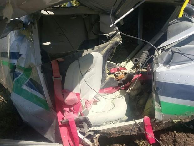 Avião de pequeno porte cai em Salto de Pirapora (Foto: Divulgação/Guarda Municipal)