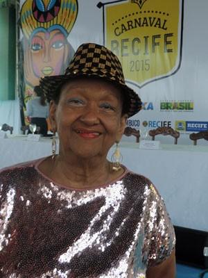 A presidente do Bola de Ouro, Luiza Ramalho, disse estar honrada com a homenagem (Foto: Marina Barbosa / G1)