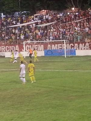América TO está classificado para a fase decisiva e o Minas Boca eliminado do Módulo II do Mineiro. (Foto: Mariana Gonçalves/Inter TV dos Vales)