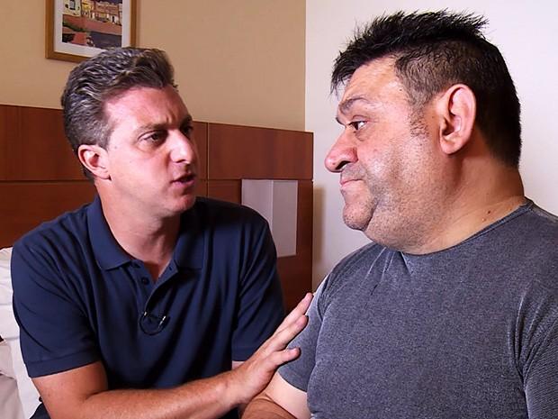 Luciano Huck conversa com Niko (Foto: Caldeirão do Huck/TV Globo)