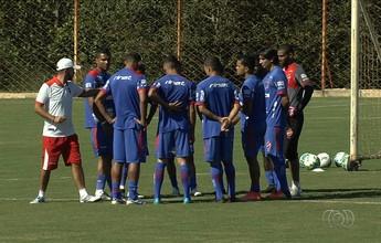 """Sequência de três derrotas na Série B liga alerta no Vila Nova: """"Preocupa"""""""