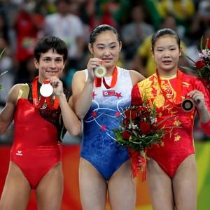 Oksana Chusovitina na Olimpíada de Pequim (Foto: Jed Jacobsohn/GettyImages)