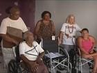 Associação de bairro em Uberlândia recebe doação de cadeiras de rodas