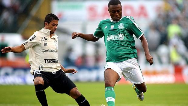 Andre luiz palmeiras e Ricardo Bueno Figueirense Série B (Foto: Giuliano Gomes / Agência Estado)