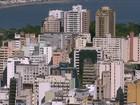 Corretor cobra 'taxa' e libera aluguel com superlotação em praia em SC