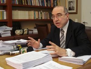 Advogado Cid Campêlo, ex Atlético-PR (Foto: Fernando Freire/GLOBOESPORTE.COM)