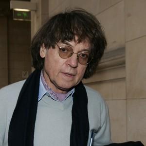 O cartunista francês Cabu. Ele foi um dos fundadores da revista Hara-Kiri, nos anos 60 (Foto: REUTERS/Benoit Tessier)