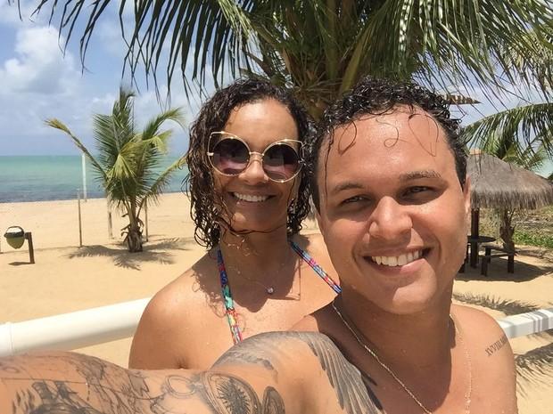 Solange Couto e o marido, Jamerson Andrade, em Recife (Foto: Reprodução/Instagram)
