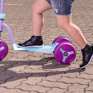 Calçados abotinados: para experimentar os brinquedos radicais  (Foto: Émerson Fraga)