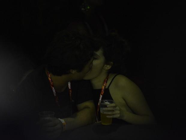 Francisco Vitti e Amanda de Godoi em micareta em Fortaleza, no Ceará (Foto: Felipe Souto Maior/ Ag. News)
