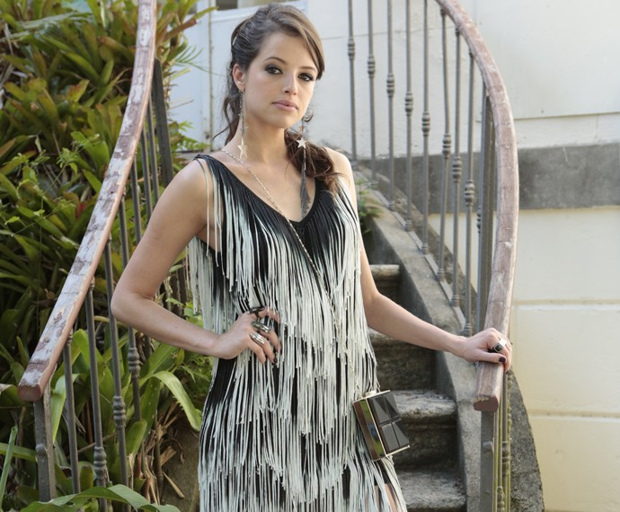 Agatha Moreira revela que ficou tensa antes de cena com Marieta Severo (Foto: Felipe Monteiro/ Gshow)
