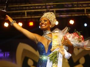 Bailarina Theba Pitylla Ferreira da Rocha é coroada rainha do carnaval em SP (Foto: Vagner Campos/G1)