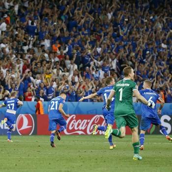 Islandia x Inglaterra (Foto: Reuters)