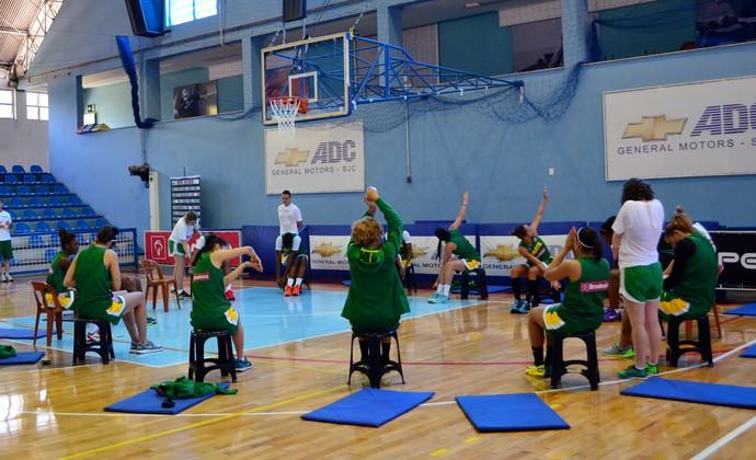 Seleção feminina de basquete - treino em São José dos Campos (Foto: Danilo Sardinha/GloboEsporte.com)