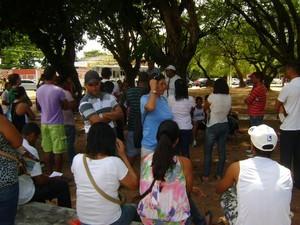 Agentes chegam a ficar em praças apenas para cumprir horário. (Foto: Arquivo pessoal/Arnald Luiz)