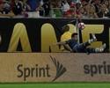 Lavezzi brinca com lesão e diz que não está na Olimpíada para o salto em altura