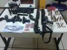 PM apreende seis armas, granada e 171 munições em Rio das Ostras
