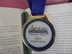 Medalha de ouro (Foto: Caroline Holder/ G1)