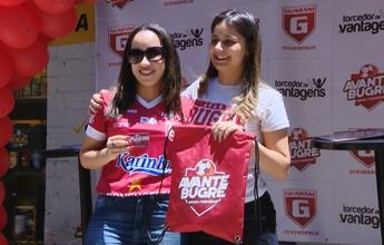 Guarani-MG entrega carteirinhas a primeiros sócios-torcedores do clube