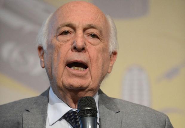 O ex-ministro Luiz Carlos Bresser Pereira (Foto: Reprodução/YouTube)