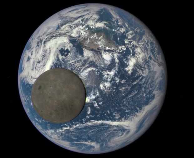 Resultado de imagem para foto terra lua
