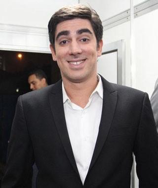 Marcelo Adnet faz sua estreia na Globo com o seriado O Dentista Mascarado, que estreia em abril (Foto: Divulgação/TV Globo)
