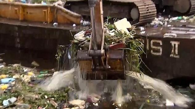 Limpeza de rios e igarapés, em Manaus (Foto: Bom Dia Amazônia)