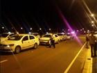 Fiscalização apreende táxis e carro da Uber no Aeroporto de Goiânia