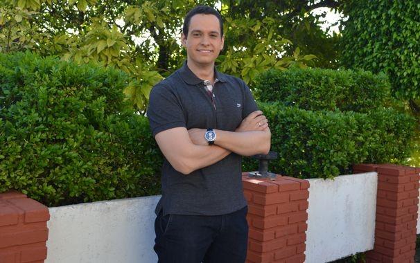 Repórter Gustavo Costa fala da paixão pela profissão  (Foto: Divulgação / TV Sergipe)