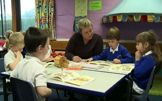 Escola britânica tem programa para fazer as crianças dormirem (Foto: BBC  )