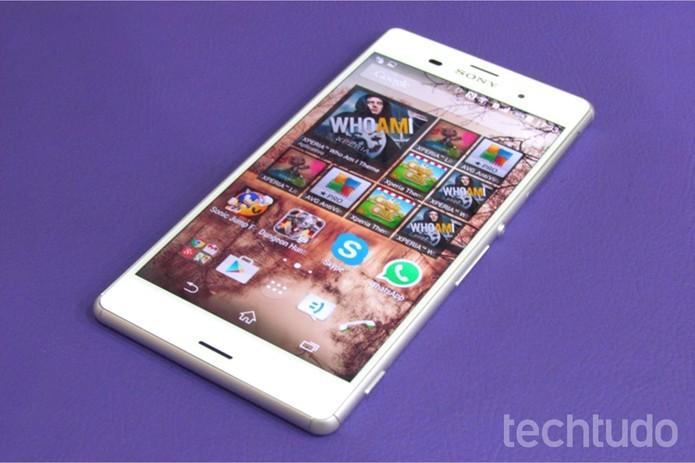 Sony Xperia Z3 pode ser personalizado com capinhas (Foto: Paulo Alves/TechTudo)
