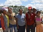 Sem emprego, pais sustentam famílias recolhendo lixo no Amapá