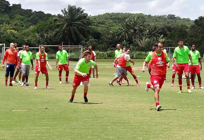 Náutico treino (Foto: Thiago Augustto)