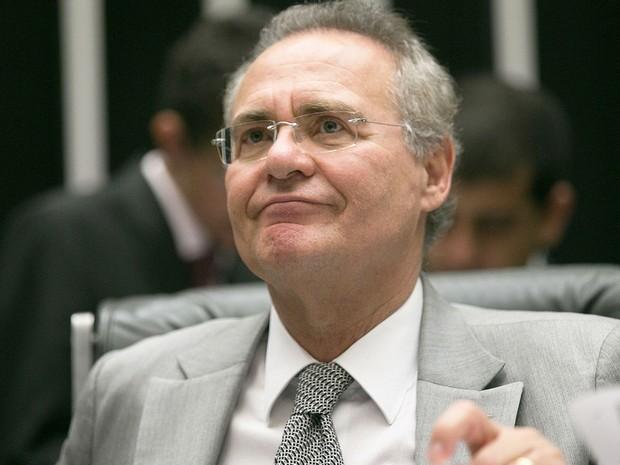 Presidente do Congresso Nacional, senador Renan Calheiros, durante apreciação de vetos e destaques, antes de iniciar a discussão e apreciação do PL da nova meta fiscal (Foto: Fabio Rodrigues Pozzebom/Agência Brasil)