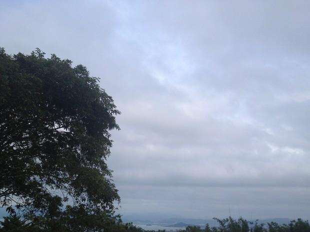 Chuva deve chegar à noite a Florianópolis (Foto: Joana Caldas/G1)