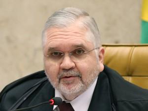 O procurador-geral da República, Roberto Gurgel, durante julgamento do mensalão no STF (Foto: Nelson Jr./SCO/STF)