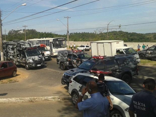 BME em ocorrência com reféns em Guarapari (Foto: Roger Santana/ TV Gazeta)