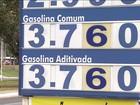 Redução do preço da gasolina é repassada por poucos postos