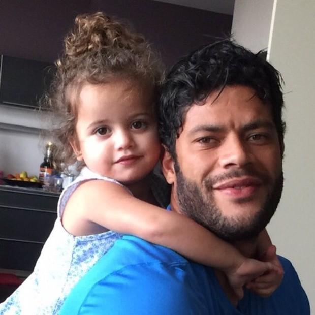 Hulk com a filha (Foto: Reprodução/Instagram)