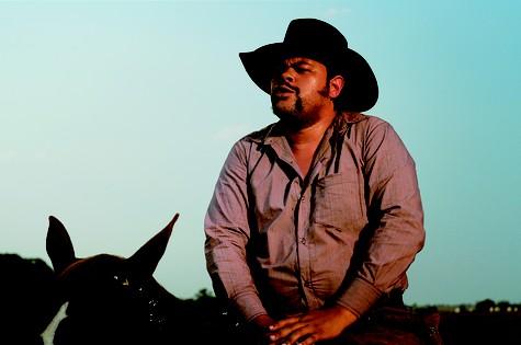Babu Santana será pistoleiro em série de TV (Foto: Divulgação)