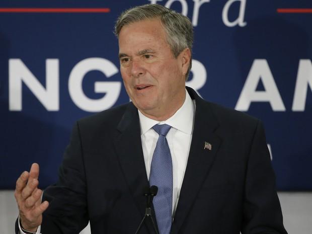 Jeb Bush anuncia desistência da candidatura à presidência dos EUA (Foto: AP Photo/Matt Rourke)