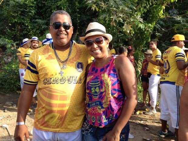 Uyractam e Joelma, seguidores do Ceroula (Foto: Lorena Andrade/G1)