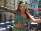 """""""Pronta para a tentação"""", Alinne Rosa promete pecados no carnaval da BA"""