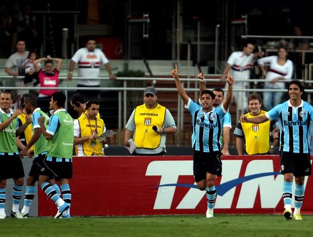 Werley gol Grêmio (Foto: Ernesto Rodrigues / Ag. Estado)