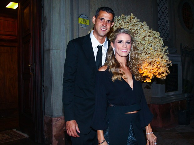 Dante com a mulher em casamento em São Paulo (Foto: Manuela Scarpa/ Foto Rio News)