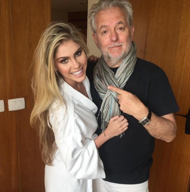 Bárbara Evans e J.R. Duran nos bastidores (Foto: Reprodução/Instagram)