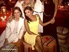 Eva Longoria posta foto com Victoria Beckham e o resto das Spice Girls