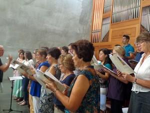 Vozes do Coro do mosteiro de São Bento, em Vinhedo (SP) (Foto: Matheus Filippi/G1)